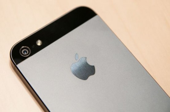 Фотографии чёрного iPhone 5