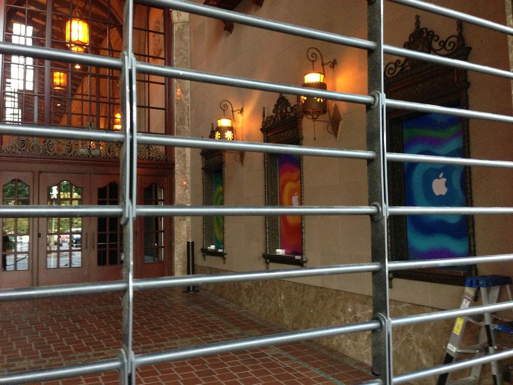 Калифорнийский театр - место проведения презентации Apple 23 октября 2012