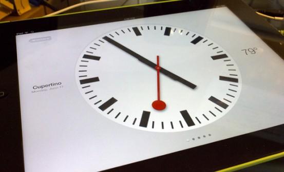 """Приложение """"Часы"""" в iOS 6 на iPad"""