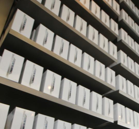 Продажи iPhone 5 опережают темпы производства
