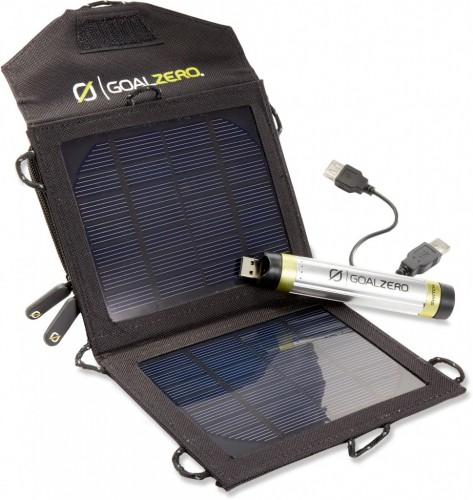 Goal-Zero-Switch-8-Solar-Recharging-Kit_7__nowm