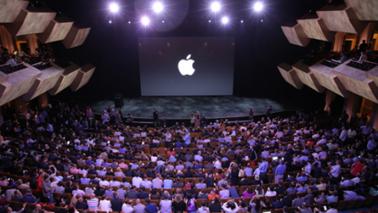 iphone_6_launch_auditorium